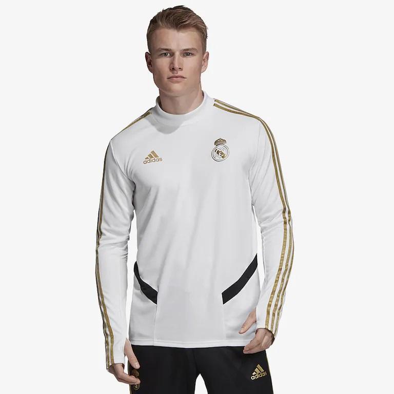 Реал мадрид тренеровочный свитер белый